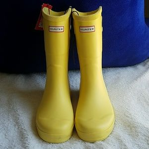 Hunter Shoes - 🌻HP🌻 NWT Hunter for Target Rain Boots Size 4